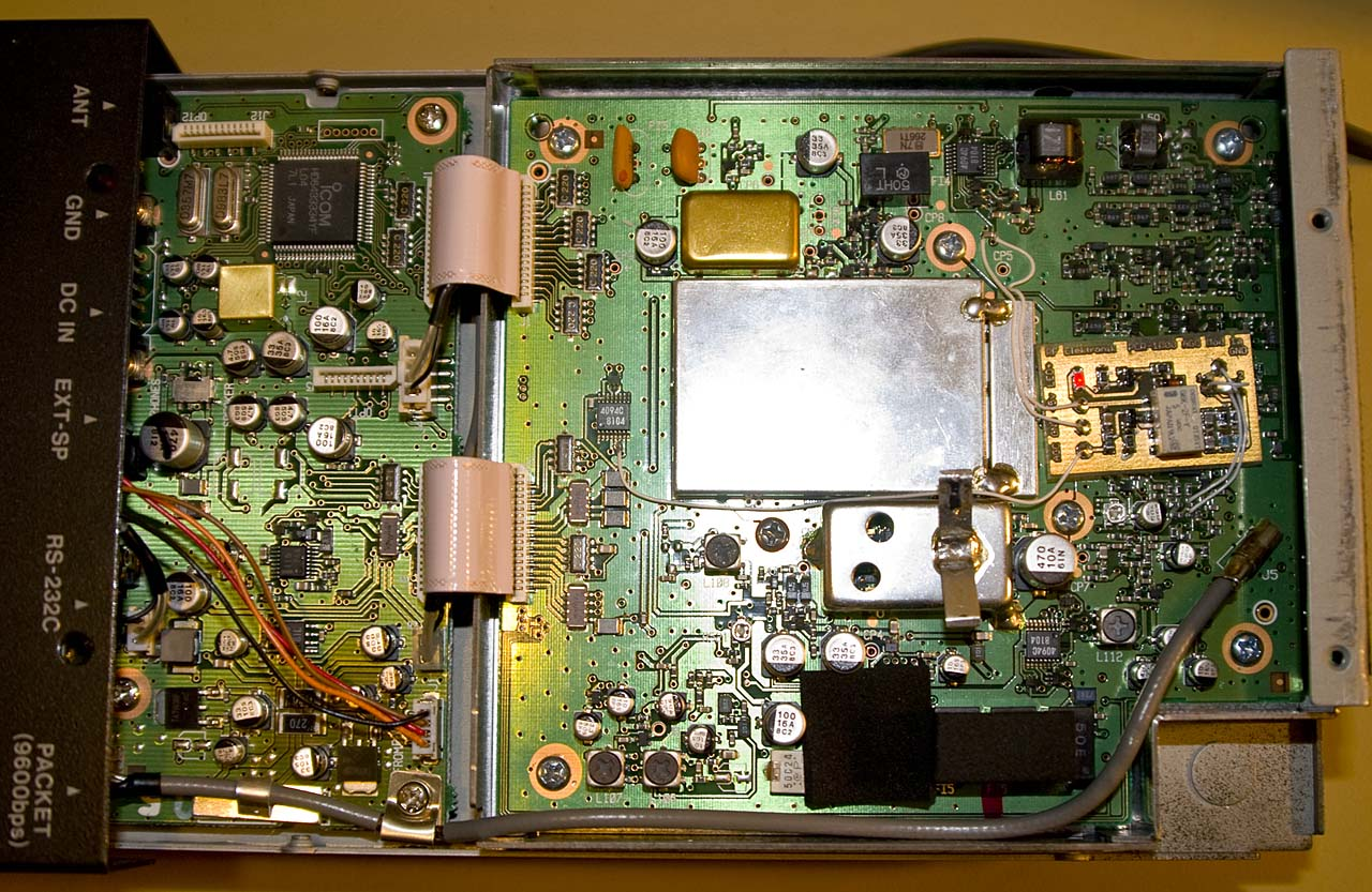 Disabling Agc In The Icom Microwave Receivers Transimpedance Amplifier Click Image To View Fullsize Picture Full Size